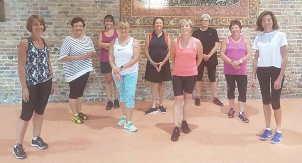 Tous les mardis, l'association Les Pétillantes propose du coaching convivial à base de mouvements de gymnastique accessibles à tous.